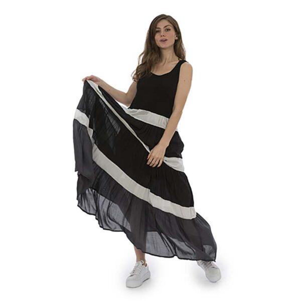 Luukaa Kleid schwarz weiß Träger Model Vorne 21Y509
